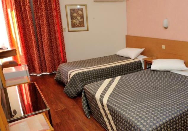 adonis-hotel-patras