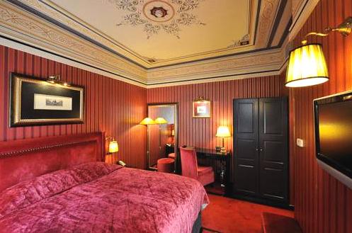 maizon-greque-hotel-patras